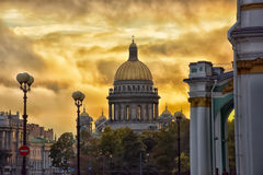 St. Isaac's Cathedral at sunset Stock Photos