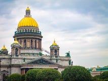 St Isaac ` s katedra w Petersburg, Rosja fotografia stock
