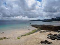 St Ives un jour nuageux images stock