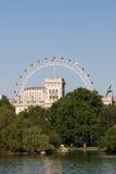 St James parkerar London Arkivbild