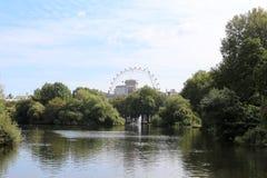 St James parkerar, London, England Arkivfoto