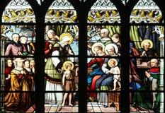 ST John ο βαπτιστικός που εισάγεται από τη μητέρα του, ST Elizabeth, το νήπιο Ιησούς και η ιερή συγγένεια Στοκ φωτογραφία με δικαίωμα ελεύθερης χρήσης