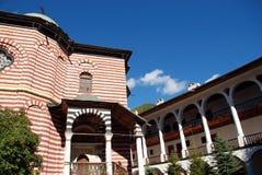 St John av den Rila kloster, Rila berg, Bulgarien Arkivbilder