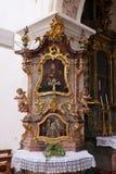 St John av det Nepomuk altaret i kyrkan av St John i Ursberg, Tyskland Royaltyfria Foton