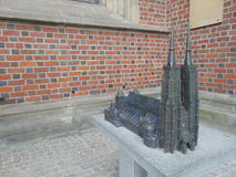 St John Baptist Catherdral Statue Royaltyfri Bild