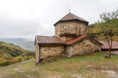 St John den baptistiska ortodoxa kyrkan, i den komplexa Shio-Mgvime kloster som byggs i det 6th århundradet i Mtskheta, Georgia Royaltyfri Fotografi