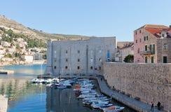 St John Fortress (14th c ) av Dubrovnik Royaltyfri Bild