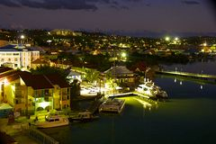 St John la nuit, Antigua photographie stock