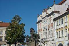St John van Nepomuk-standbeeld, het Kasteeldistrict van Praag Stock Foto