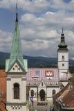 St.-Kennzeichen- und St.- Cyril und Methodius-Kirchen in der oberen Stadt in Zagreb Stockbild