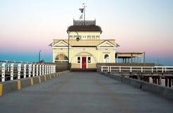 St Kilda Pavilion su alba Fotografie Stock Libere da Diritti