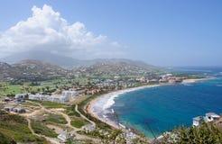 St. Kitts setzen Ansicht auf den Strand Stockbilder