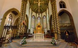 St.-Konfetti-Kathedralen-Innenaltar Stockfotos