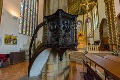 St.-Konfetti-Kathedralen-Innenkanzel B Stockfotografie