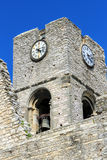 St Laurent des Arbres, Provencal by i söderna av Fr Arkivfoto