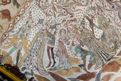St Lawrence und der Papst Wandmalerei vom 1400s lizenzfreie stockfotos