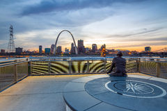 St. Louis downtown with Gateway Arch Royalty Free Stock Photography
