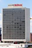 ST LOUIS, MISSOURI - JULIO, 9 2018 - opinión Hilton At The Ballp imagenes de archivo