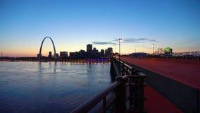St Louis, Missouri linia horyzontu i brama, Wysklepiamy zbiory wideo
