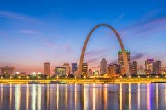 St Louis, Missouri, usa linia horyzontu zdjęcie stock