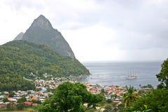 St- LuciaPitons u. Lieferung Stockfotos