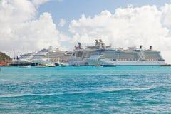St. Maarten haven in de Caraïben Stock Foto's