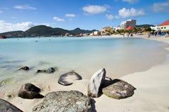 St Maarten, Philipsburg, grande spiaggia della baia Fotografie Stock Libere da Diritti
