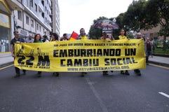 1st Maj demonstration i Gijon, Spanien Royaltyfria Bilder