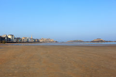 St-Malo and the magnificent city beach Stock Photography