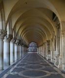 St Marcvierkant, Doge` s Paleis Royalty-vrije Stock Foto's