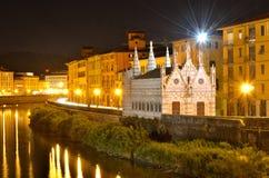 St Maria van de kerk dela Spina, Arno rivier, Toscanië royalty-vrije stock afbeelding