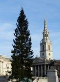 ST Martin στους τομείς και το χριστουγεννιάτικο δέντρο, πλατεία Τραφάλγκαρ Στοκ Εικόνα