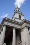 St. Martin na igreja dos campos em Londres Imagem de Stock