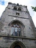 St Mary's Parochiekerk en Schoolgebouw in Onder- Alderley Cheshire Stock Foto's