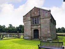 St Mary's Parochiekerk en Schoolgebouw in Onder- Alderley Cheshire Royalty-vrije Stock Foto