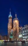 St. Mary Basiliek 's nachts Krakau Stock Foto's