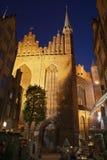St Mary Church à Danzig la nuit Photographie stock libre de droits