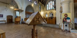 St Mary Church Wooden Lectern photo stock
