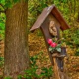 St Mary com rosas fotos de stock royalty free