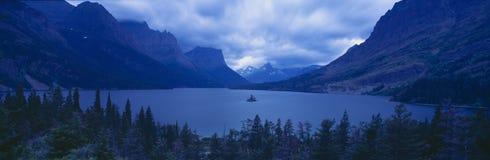 St Mary Lake, Gletsjer Nationaal Park, Montana Stock Foto's