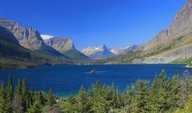 St. Mary Lake van het Punt van de Zon Stock Afbeelding