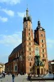 St. Marys Kerk, beroemd oriëntatiepunt in Krakau, Polan Stock Afbeelding