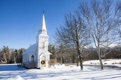 St. Matthews Episcopal Church im Winter - Sugar Hill, NH, USA Lizenzfreies Stockbild