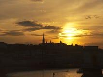St Matthias kerk 's nachts in Boedapest Hongarije Royalty-vrije Stock Foto's