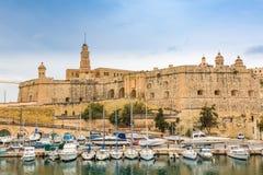 St Michael Bastion e porto do iate de Vittoriosa fotografia de stock