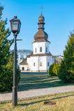 St Michael Gouden Overkoepeld Klooster, klassieke shinny, gouden koepels van de kathedraalkoepels van de kathedraal, de Oekra?ne royalty-vrije stock afbeeldingen