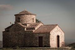 St Michael ärkeängelkyrkan Kato Lefkara by Larnac Arkivbilder