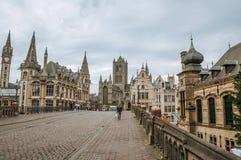 St Michael ` s most, kościół i gotyków budynki w Ghent, Obraz Stock