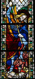 St Michael som dräpar Satan Royaltyfria Bilder