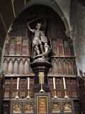 St Michael staty i abbotskloster Mont Saint Michel Royaltyfri Fotografi